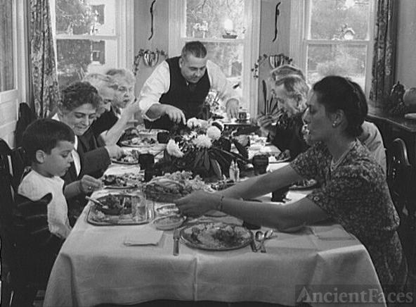 Landis family Thanksgiving, 1942