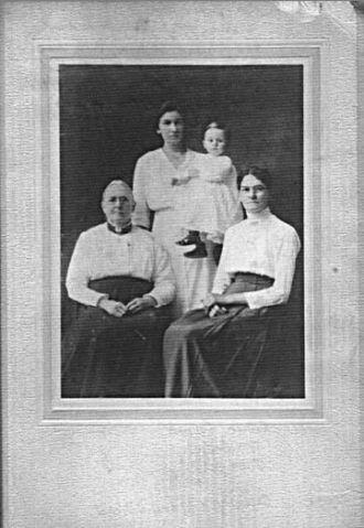 Grandma Skykes, Hannah, Ida, Lawrence