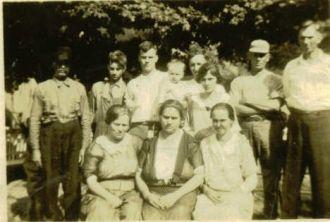P.A. McClurg family, 1922