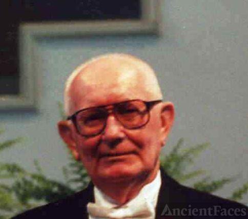 Edward Earl Lewis