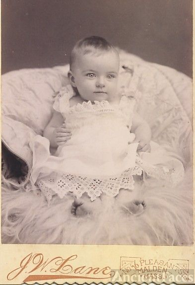 gorgeous baby Iola Gladys Smith, 6m (Mrs TM Grant)