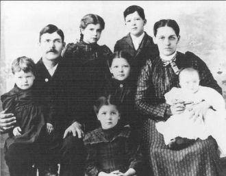 Wm. H. & Luella Snyder, Jr. Family