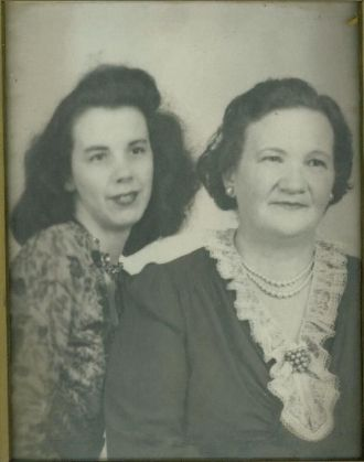 Bettie Gattis and Mother