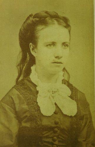 Amanda Lash
