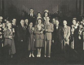 Bessie Cazneau & Ted Nixon wedding, 1942