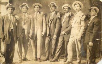 Francesco Cartisano & Friends, 1913