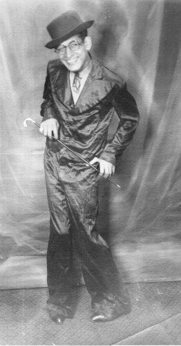 مصطفي في شبابه   Mustafa Elsherbini c1926