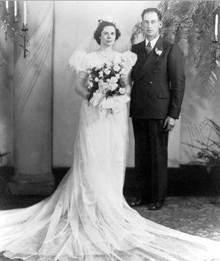 Harold and Alice (Smith) Barthel, 1940