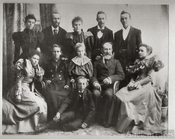 Magnus Ferdinand Riedell family