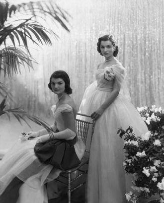 Jackie & Lee Bouvier, Debutants