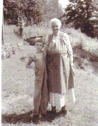 Granny Lummie and Billy Dean Nash