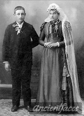 Nicholaus & Mary (Dehen) Barthel, 1893