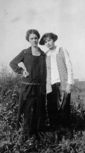 Anna Louise Heidke and Anna Louise Long