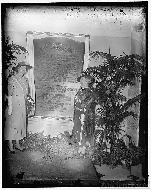 D.A.R. honors Mrs. Anthony Wayne Cook. Washington, D.C.,...