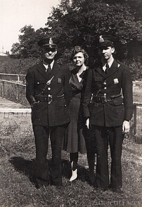 Young family, 1940