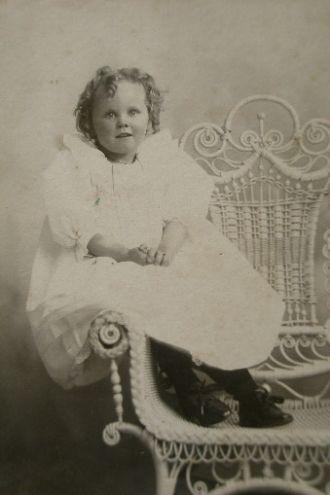 Myrtle Margaret Hoy