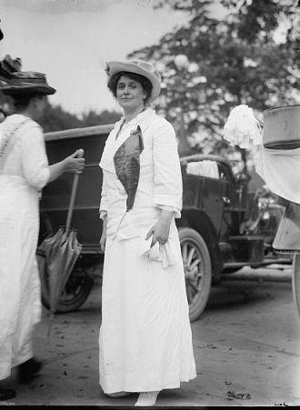 Mrs James Leeds Laidlaw