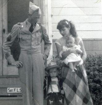 Floyd, Monnie, & Cherry Spence, 1952