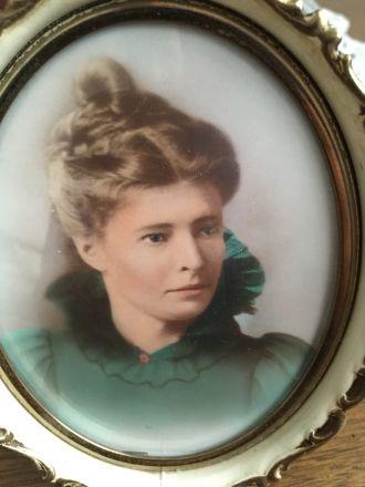 Jane (Robson) Evans