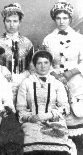 Clara Belle Louthan