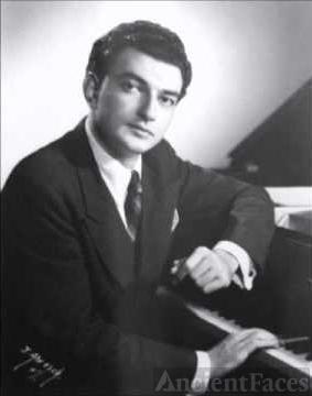 Raymond Lewenthal.