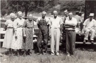 Cook brothers & wives
