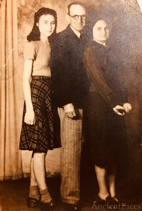 Ollie Mae Collado & Lula Bixler