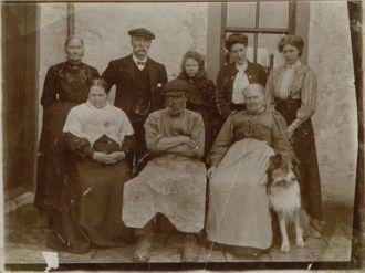 Dugald & Agnes (McNaughton) McCualsky, Scotland
