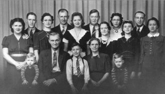 William & Esther Houseman Family, SD 1940