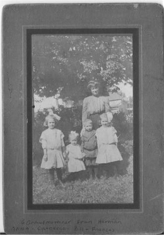 Frances Sekora Hermann & daughters