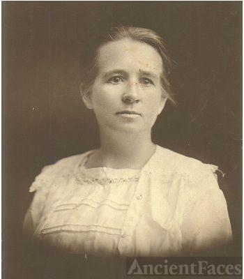 Nora Toy
