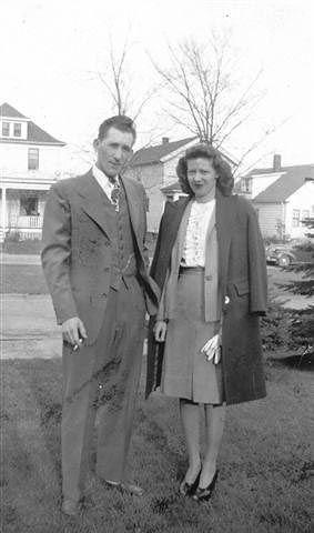 Mr and Mrs Stanley T. Kahn