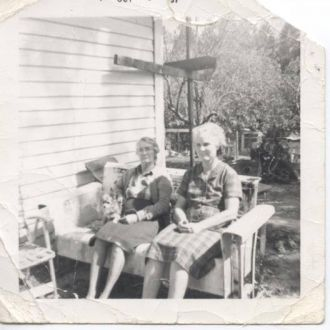 Gollie Marie Sikes and sister Sarah Ann Sikes