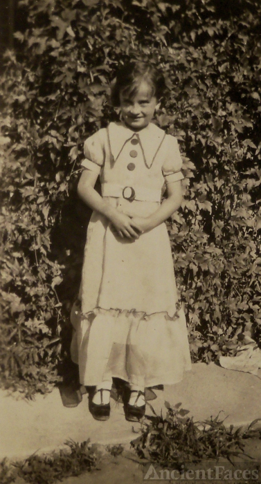 June Elgin, Age 7 yrs