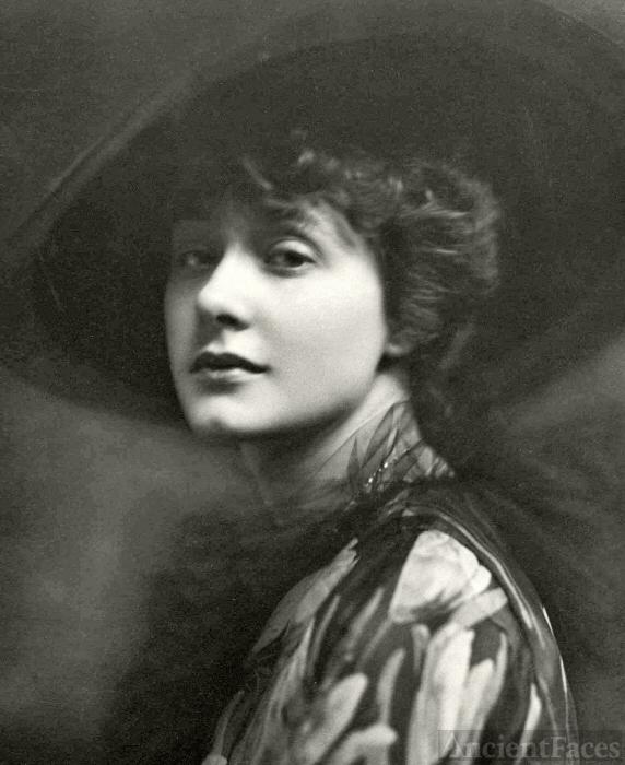Elsie Ferguson 002