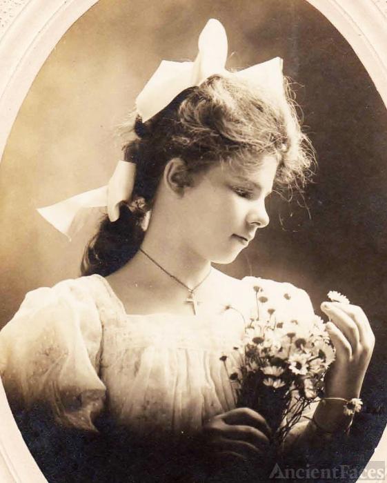 Regina Goellz, 1917