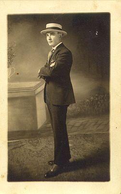 Thomas Yniguez - Actor