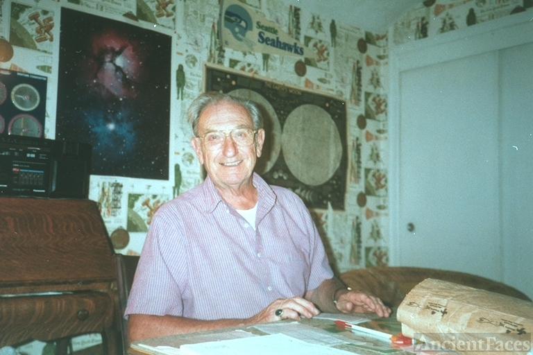 Clifford E Sears