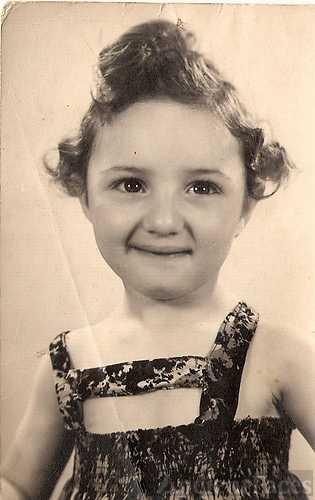 Christina Anholt 1942