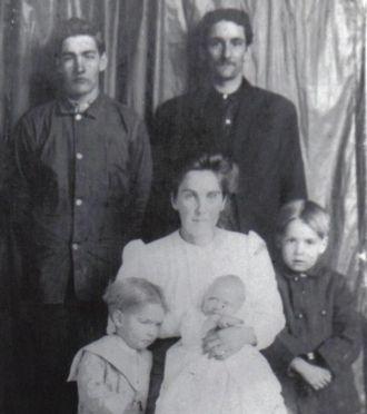 Jacob Elmer Morris family