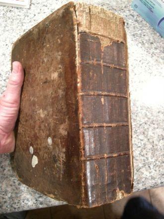 Vescelius family bible