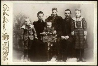 Klass J. Sieswerda Family