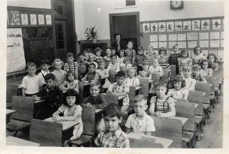 Lincoln School, Illinois First Grade