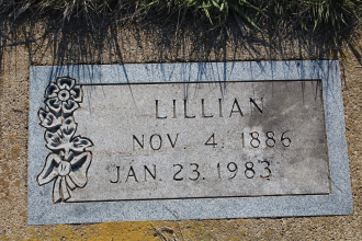Lillian (McGinnis) Arnquist Gravesite