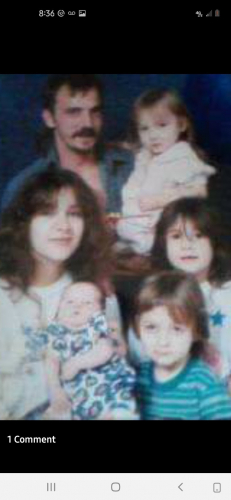 Shellie Lyn staton and her family