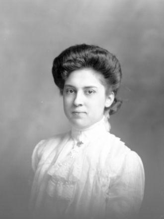 Elsie Pombrio, New York