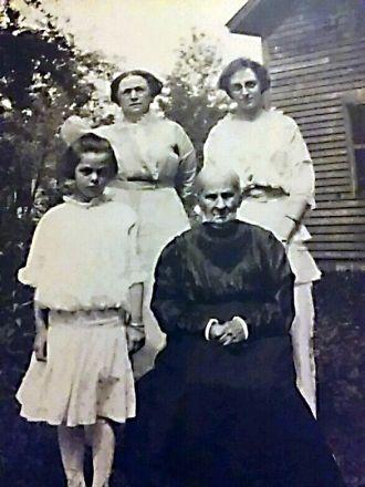 Dorothy Hathaway Ball Family