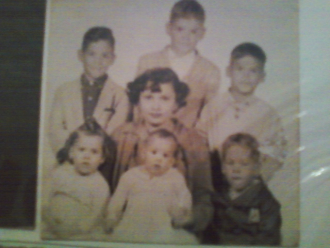 Maria Candelaria Rodriguez Rivera with 6 of her children