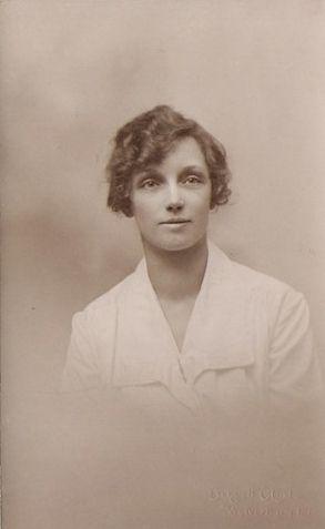 Iris Annie Middleton
