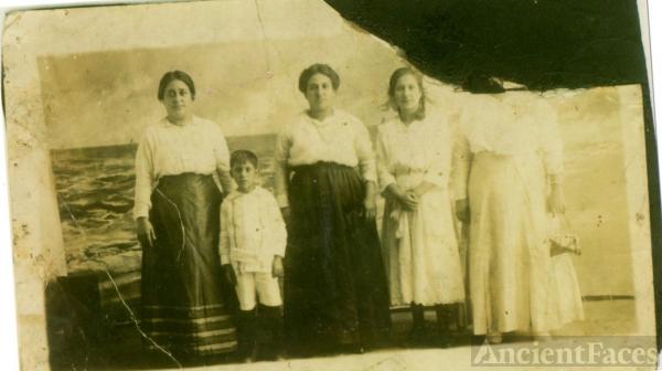 Providenza (Lucy) Lamantia 1916